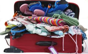 suitcase49203935
